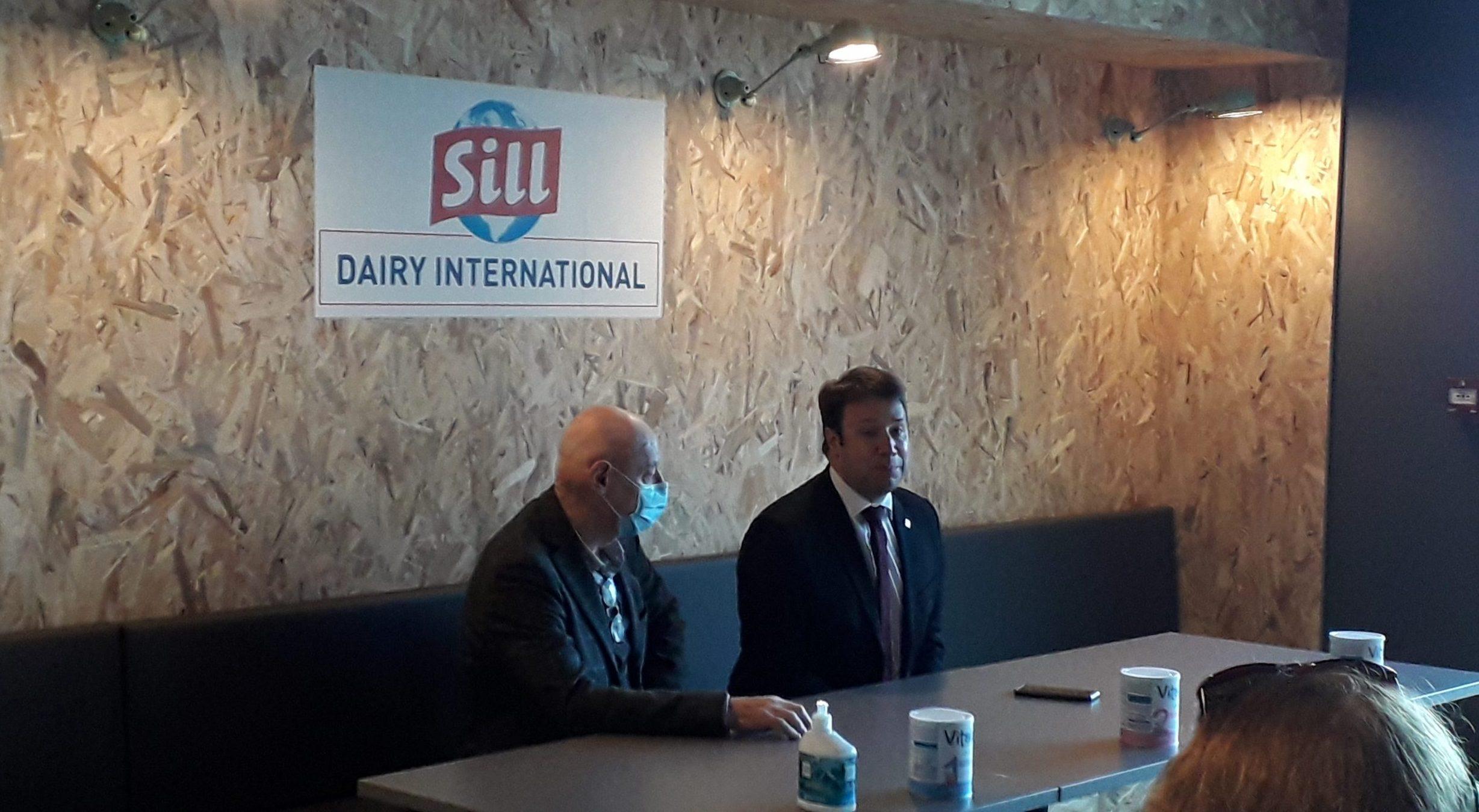 Le Président de la Région Bretagne sur le site SILL Dairy International